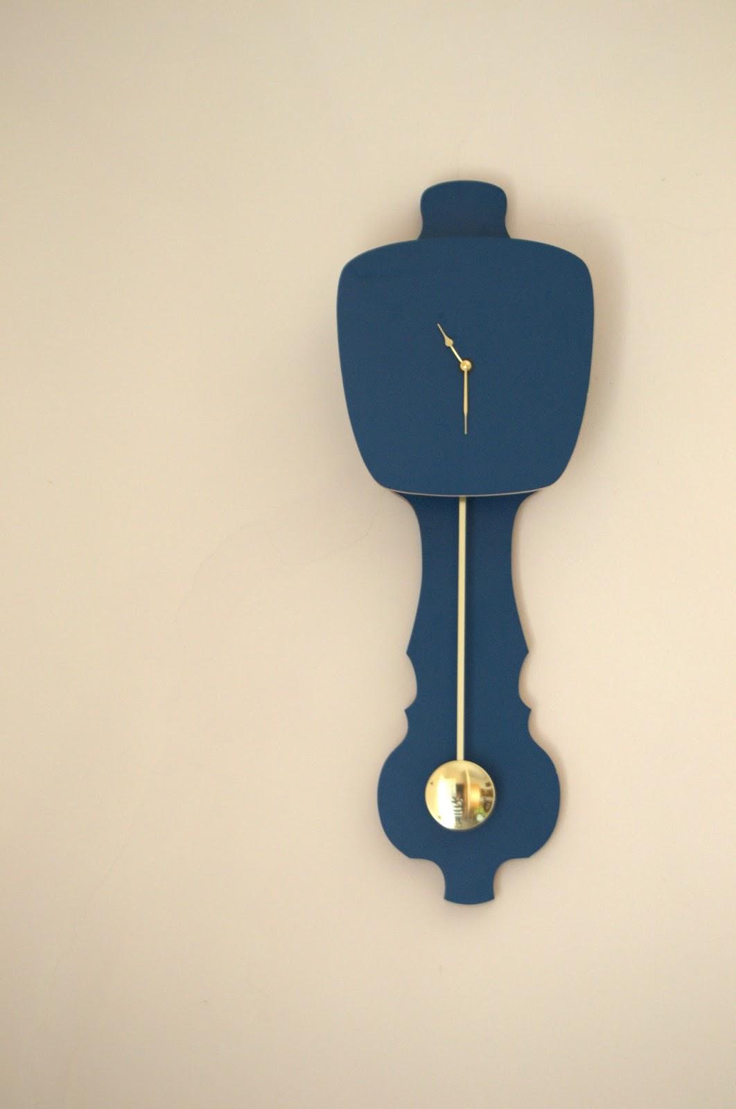 Horloge bleue pétrole * Kloq