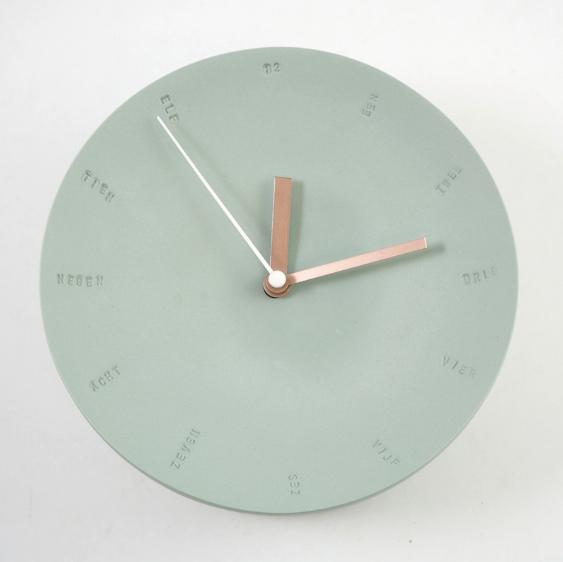 Horloge murale 10cm verte/blanche * Studio Harm en Elke
