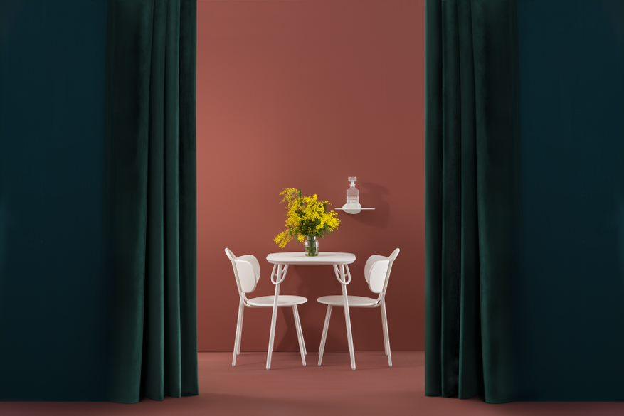 Table intérieur/ extérieur