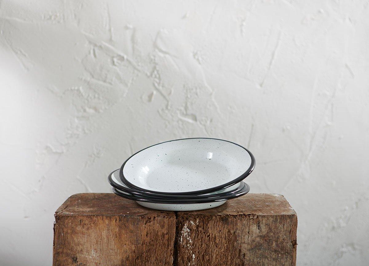 Asiette en émail noir et blanc - 20cm (dia) * Nkuku