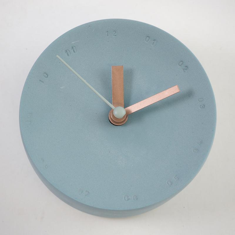 Horloge murale en porcelaine 10cm bleue océan/blanc * Studio Harm en Elke