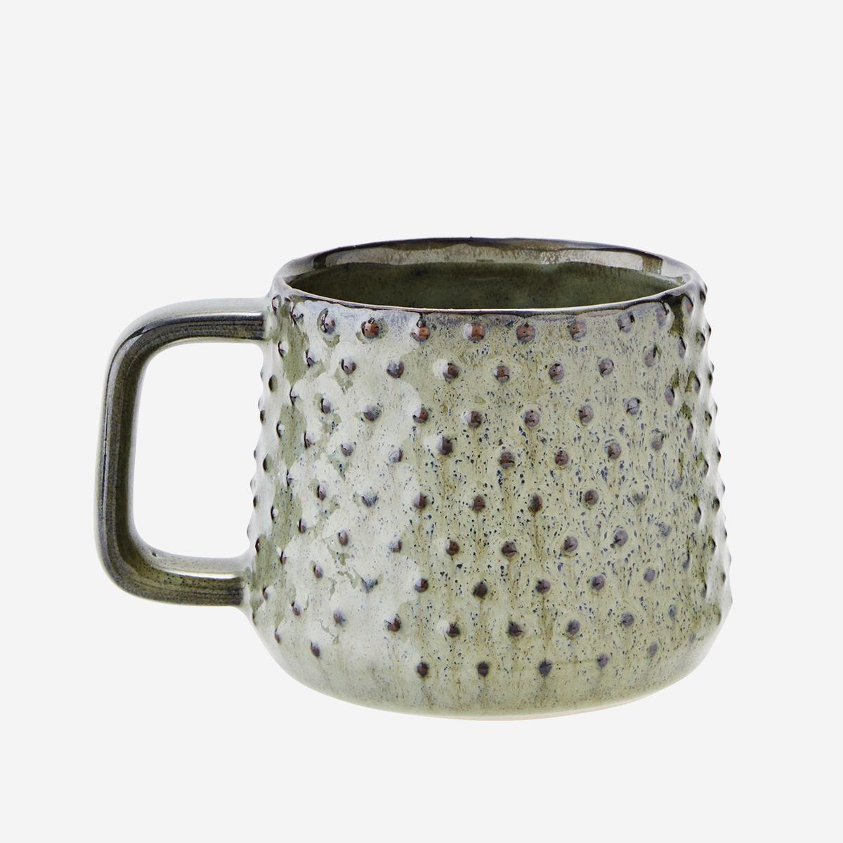 Mug en céramique émaillée verte et pois en relief * Madam Stoltz