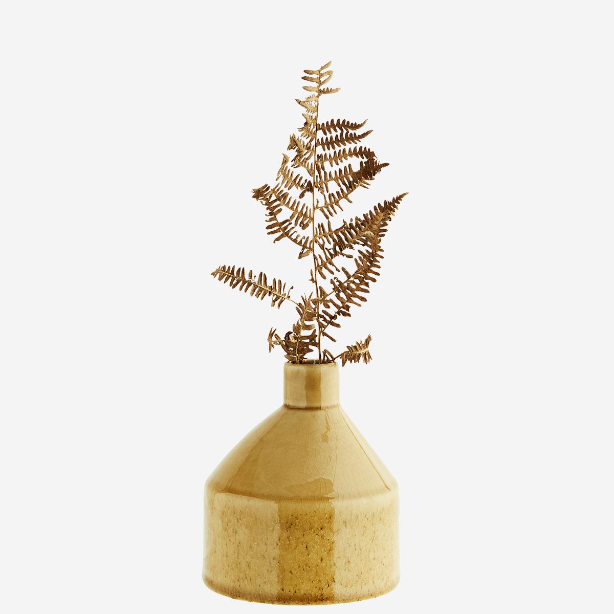 Vase en céramique émaillé jaune * Madam Stoltz