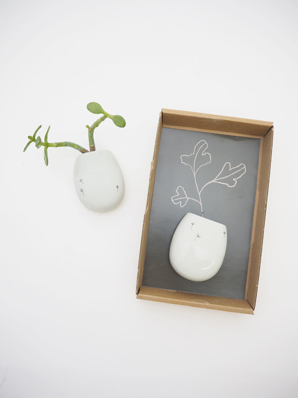 Vase mural en céramique recyclée M * Studio Harm en Elke