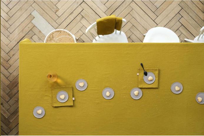Nappe Lina Pluie Or 160x350cm- différentes couleurs * La Cerise sur le gâteau