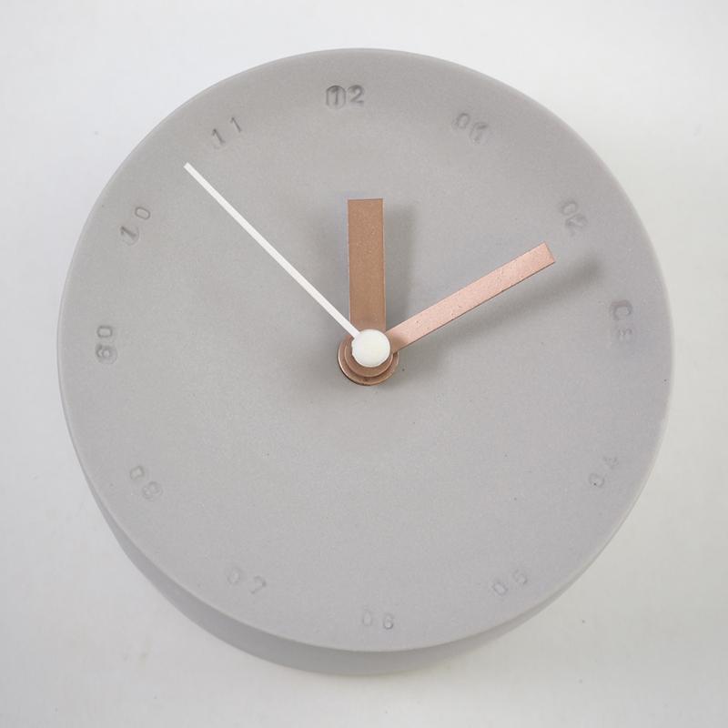 Horloge murale en porcelaine 10cm gris/blanc * Studio Harm en Elke