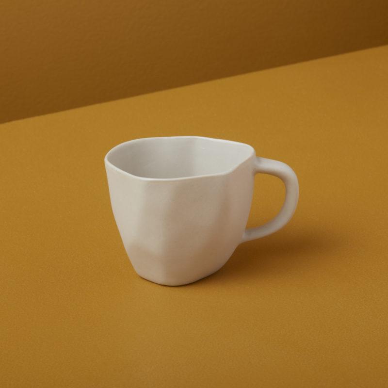 Petite tasse en grès blanche * Be Home