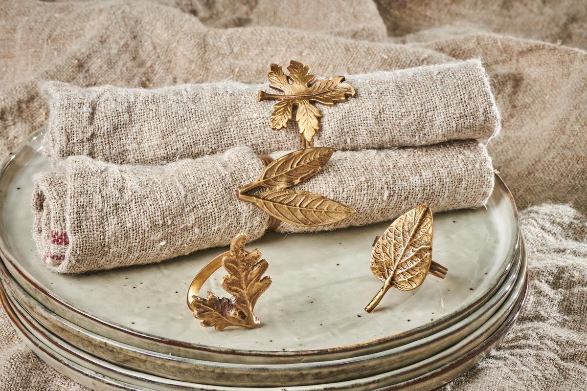 Anneau de serviette doré
