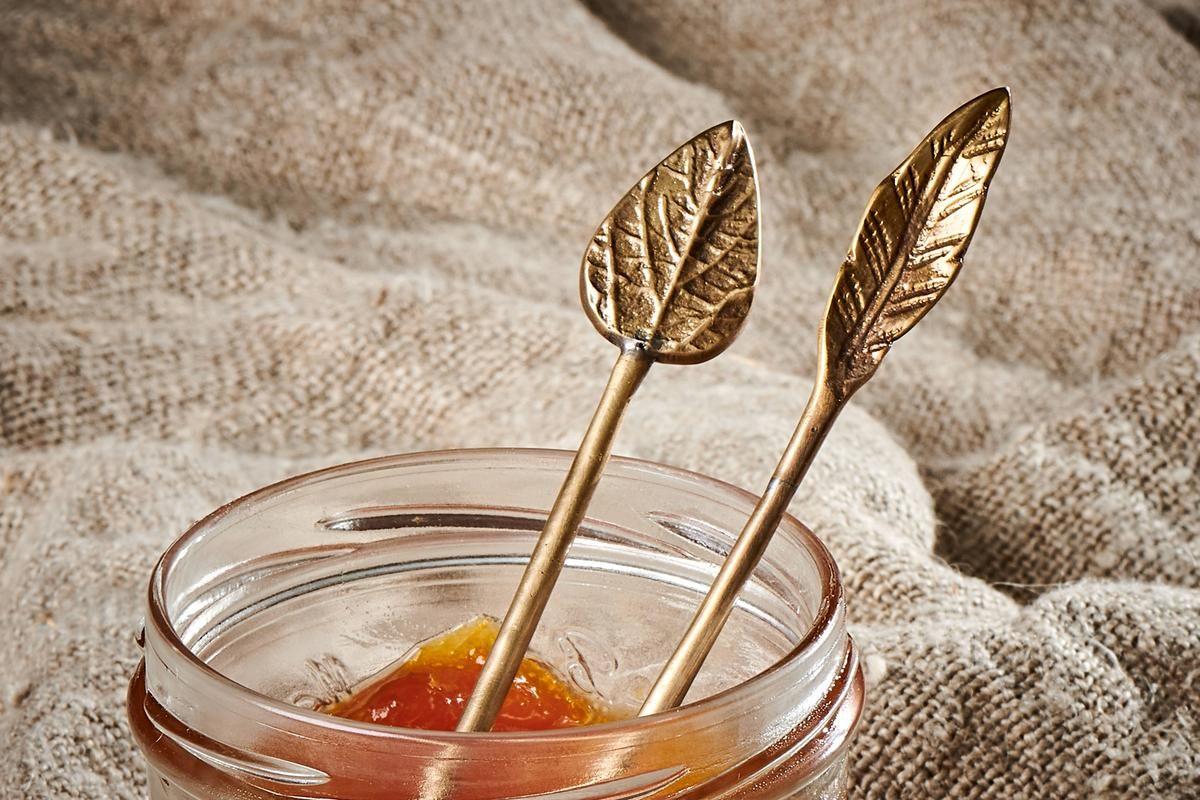 Petite cuillère feuille dorée * Nkuku