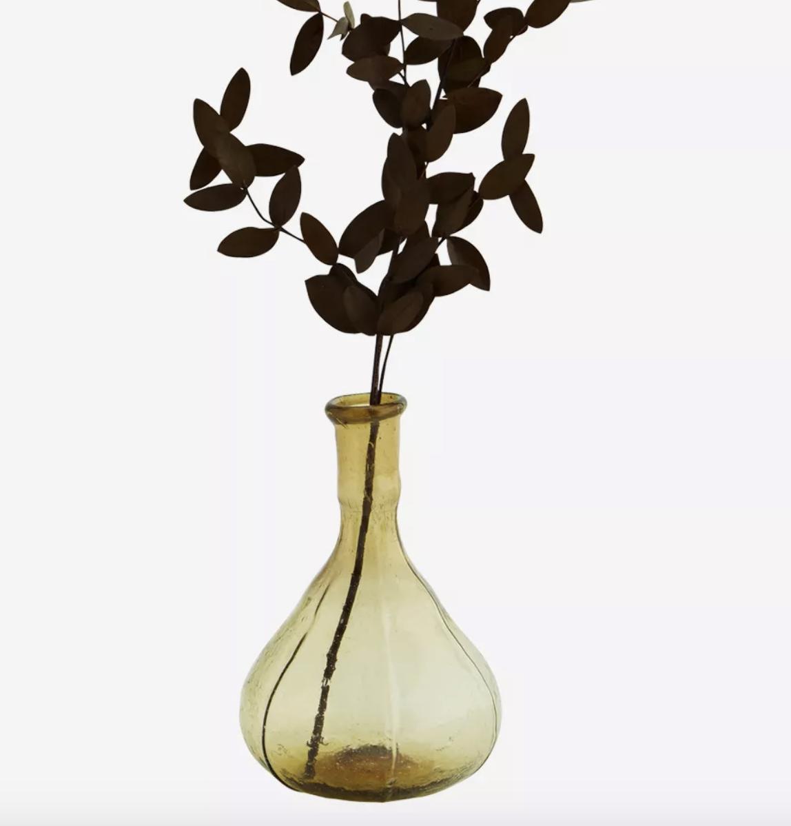 Petit vase en verre soufflé recyclé vert * Madam Stoltz